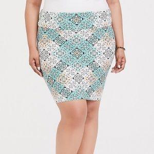 Torrid pencil skirt size 1